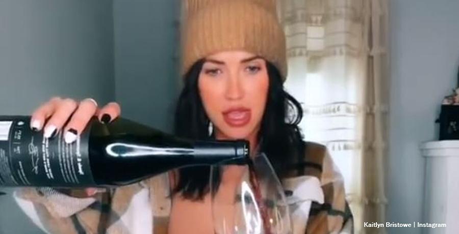Kaitlyn Bristowe spade & sparrows wine