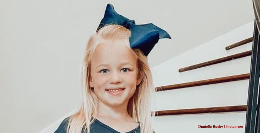 Riley Busby OutDaughtered
