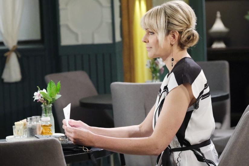 Nicole Walker (Arianne Zucker) - NBC