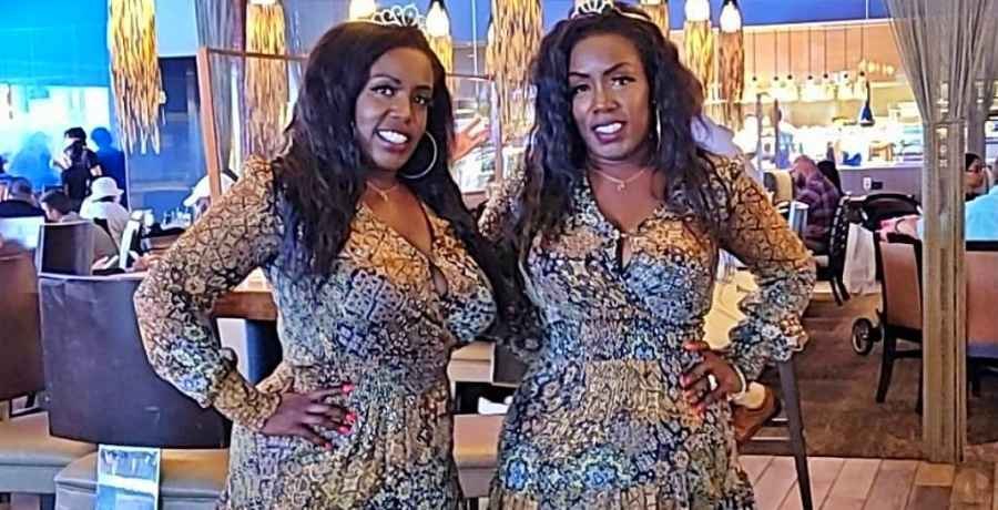 Extreme Sisters Patrix and Patrica