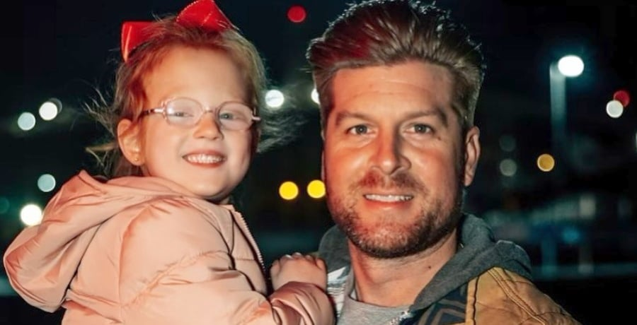 outdaughtered-uncle dale mills - hazel busby