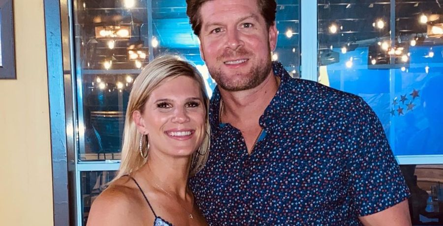aunt kiki and uncle dale mills sizzle in bathing suit, bikini snap