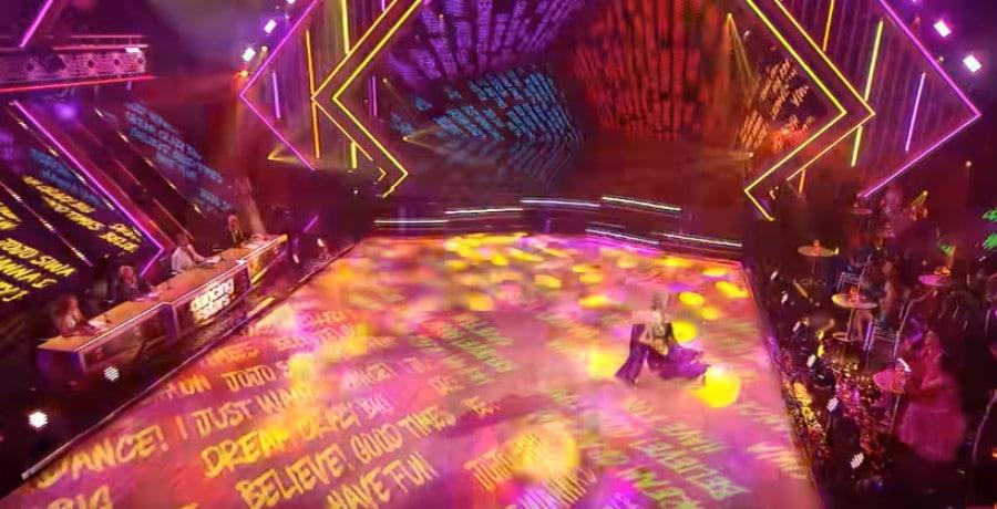 Jenna Johnson slips during dance via YouTube