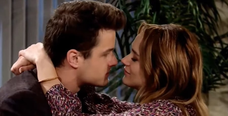Young and the Restless Summer Newman - Hunter King - Kyle abbott - Michael Mealor Youtube