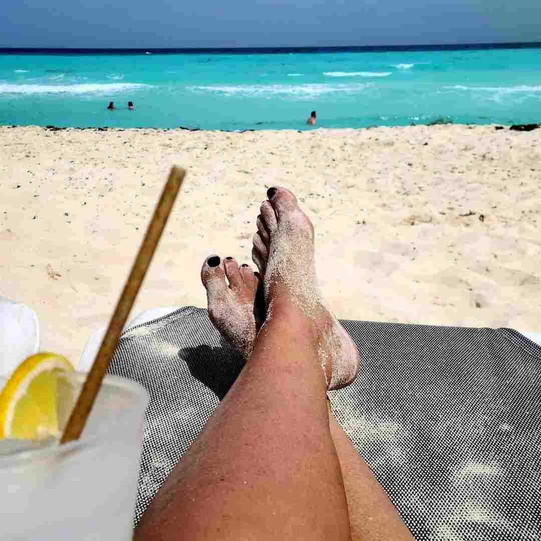 Sister Wives star Meri Brown enjoys trip to Cancun