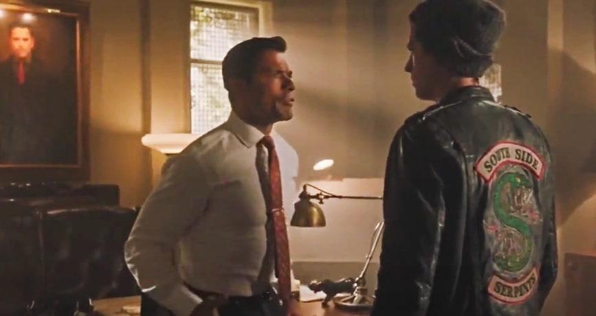 Riverdale - Mark Consuelos Youtube
