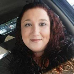 Nikki Desrosiers